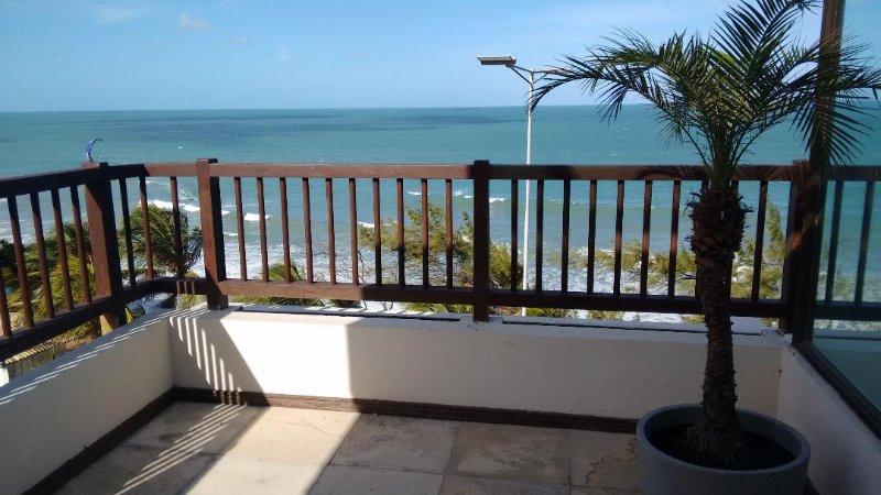 Excelente Apartamento (pé na areia) Praia de Ponta Negra, alquiler de vacaciones en Natal