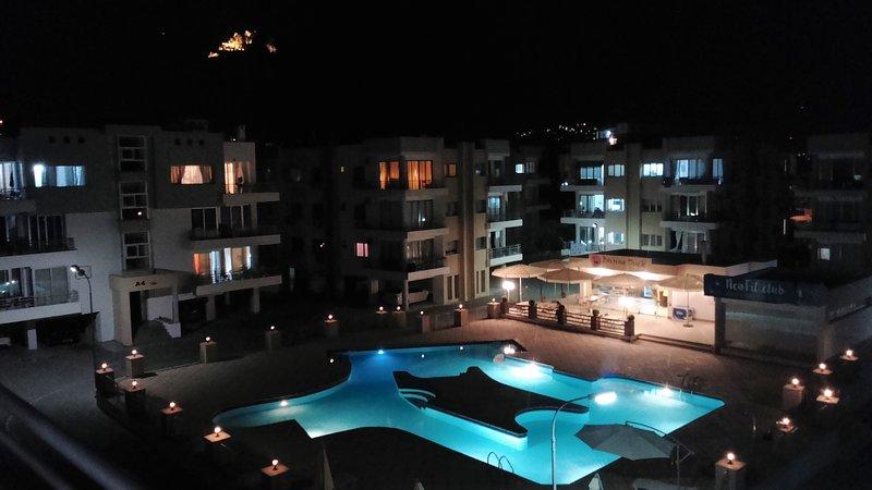 Kyrenia. RiX. Luxury 3-Bedrooms Apartment. Pool view., holiday rental in Zeytinlik