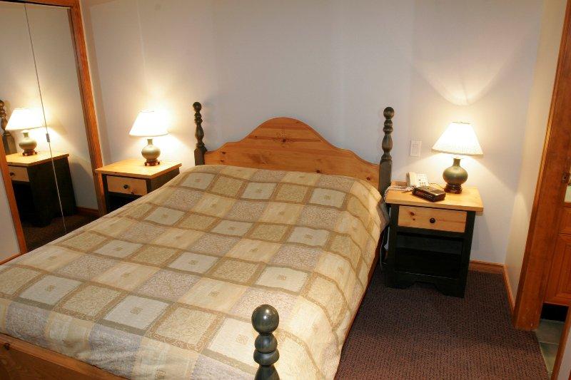 Ottenere un buon riposo notturno nella camera matrimoniale accogliente