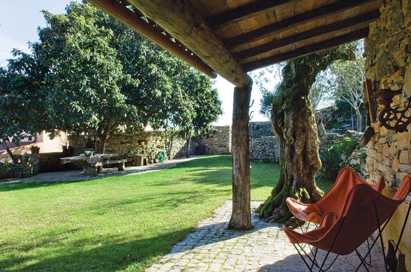 Villa Pedra | Almond-Tree House, alquiler vacacional en Avelar