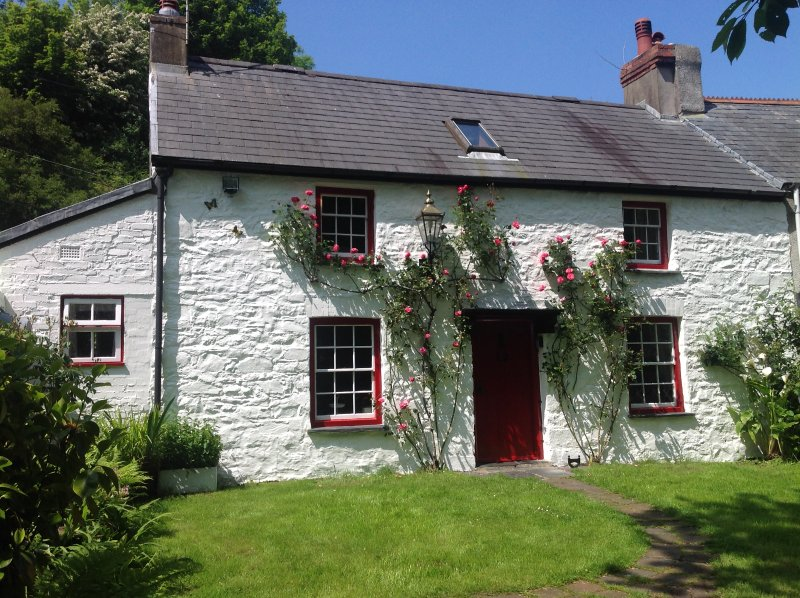 the monthly tutors cottage updated 2019 holiday home in rh tripadvisor co uk