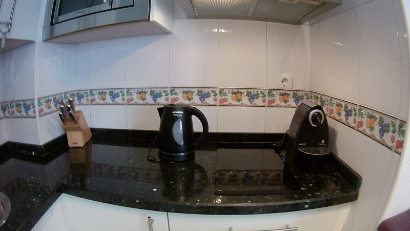 Nesspreso coffee maker and kettle.