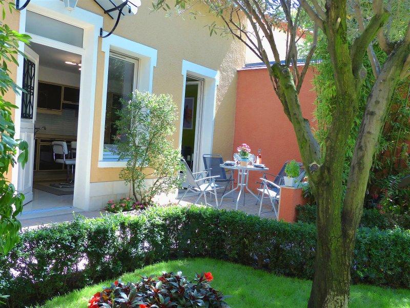 Casa bifamiliare + terrazzo