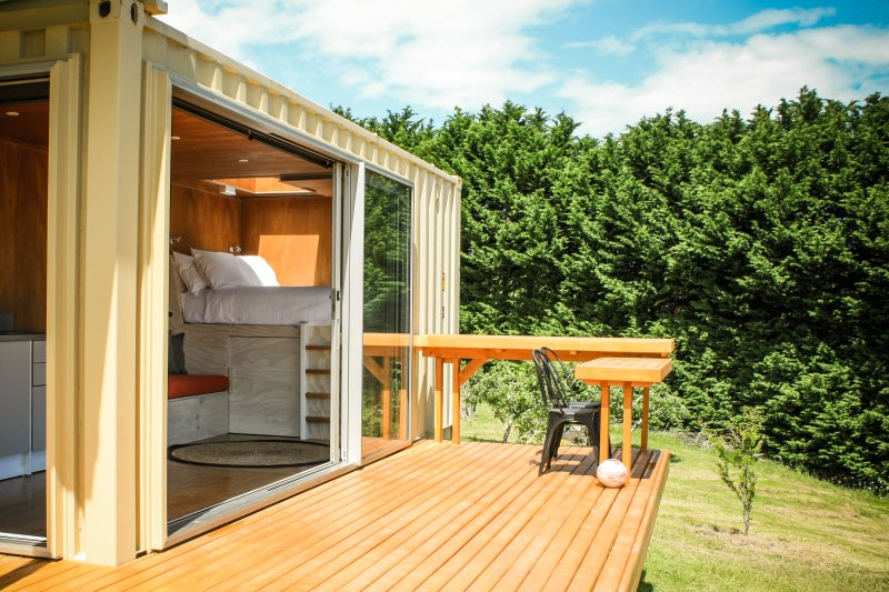 Stargaze in Luxury Shipping Container, holiday rental in Rawene