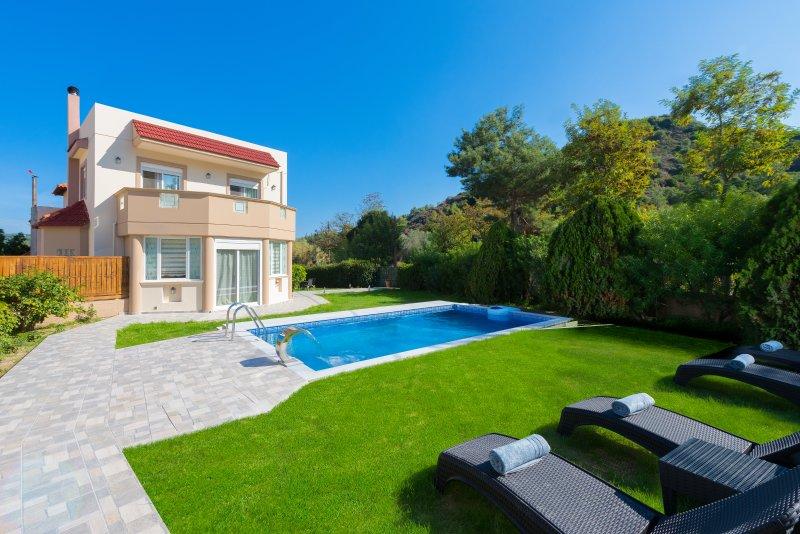EvMar Villa, holiday rental in Ialyssos