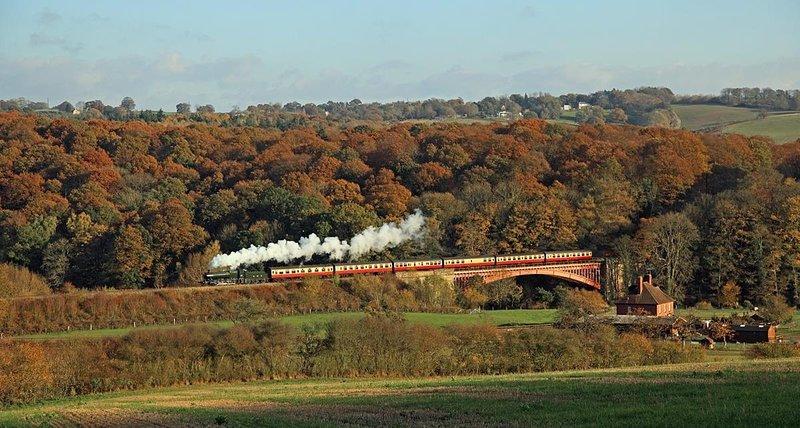 Beautiful Severn Valley train ride to Bridgnorth and many public footpath walks.