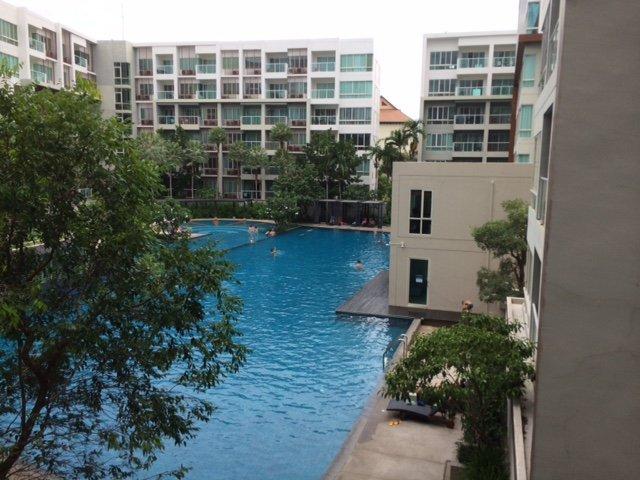 SEACRAZE  HUA HIN two bed pool view condo, alquiler vacacional en Ban Khao Takiap