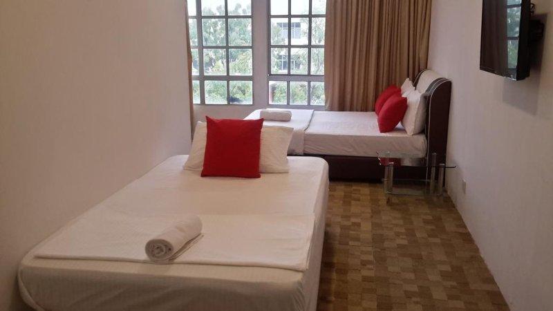 Sun Stay (Triple Room), alquiler de vacaciones en Kulim
