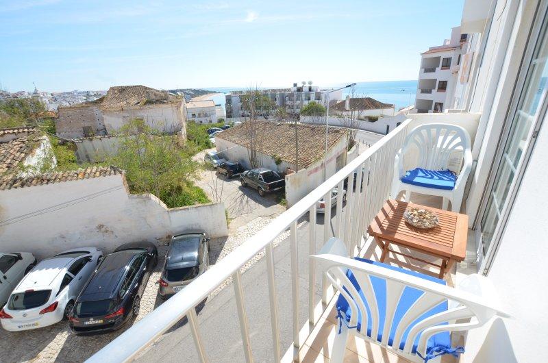 Vista dal balcone appartamento sopra Albufeira centro storico e il Beach