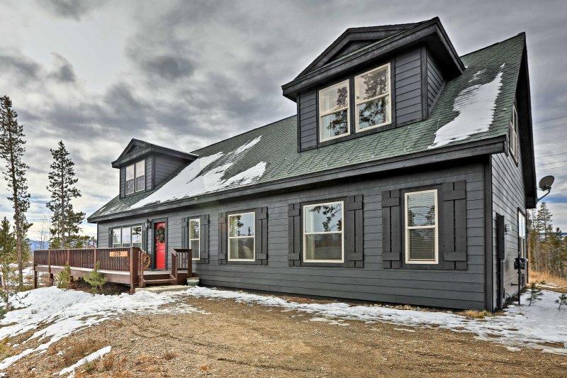 Entfliehen Sie zu diesem Ferienhaus mit 5 Schlafzimmern und 3 Bädern im Winter Park!