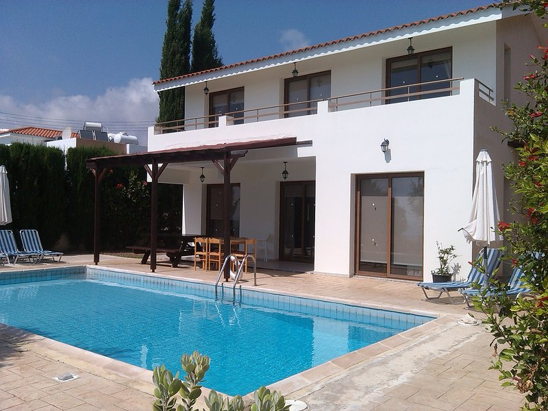 Villa Stalo, holiday rental in Kissonerga