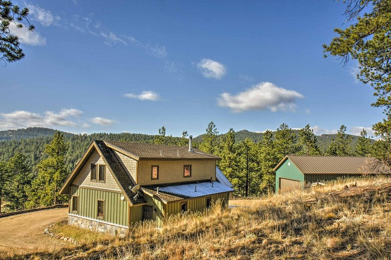 Treat the family to a unique escape in the pines as you hike, bike, and fish.