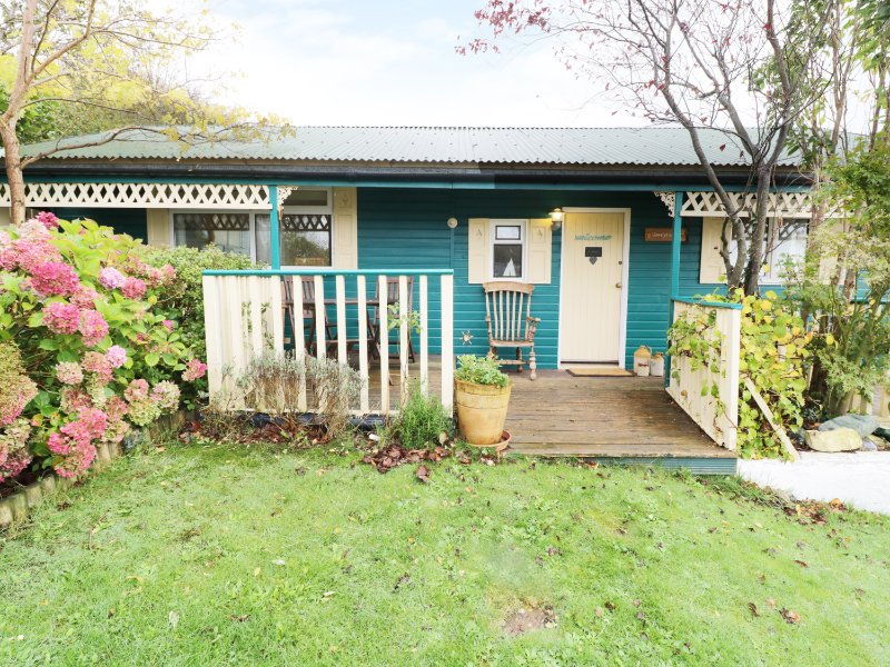 LLEWELYN LODGE, open plan, en-suite, Aberystwyth 1 mile, Ref 963666, vacation rental in Devil's Bridge (Pontarfynach)