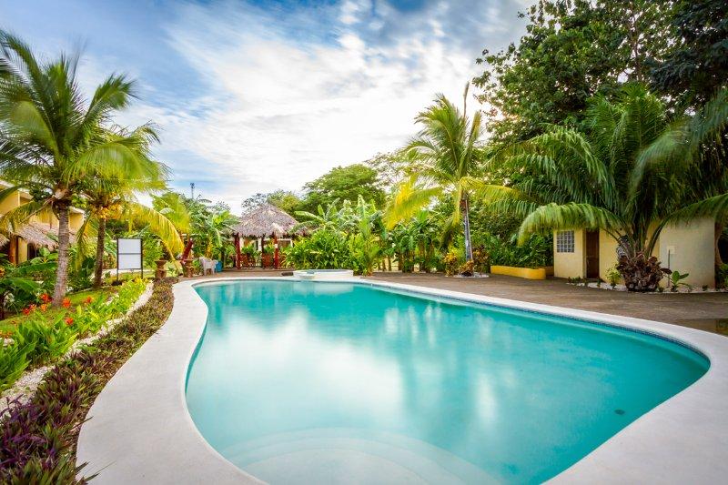 Fully Equipped Villa CVE20, holiday rental in Playa Grande