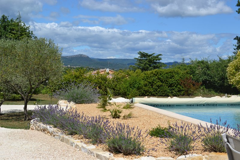 ANCIEN VIGNOBLE Gite Cevennes, holiday rental in Lezan