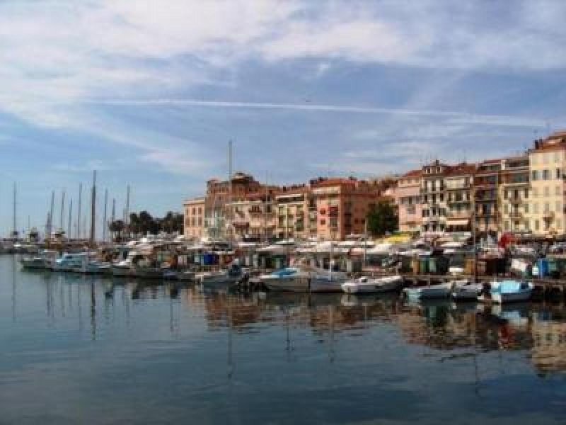The Old Port area of Cannes