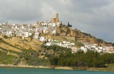 Vår vackra vita byn Iznajar