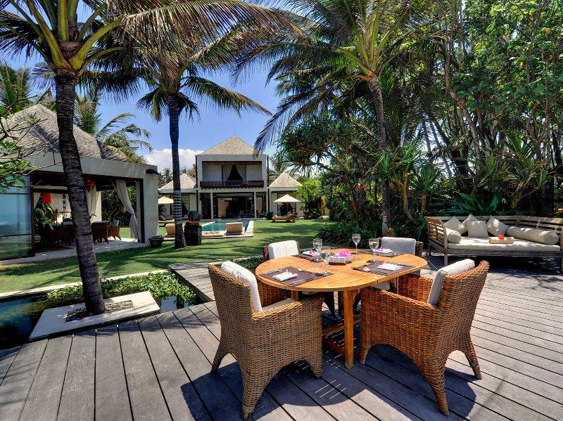Maya - Vista de villa del mar