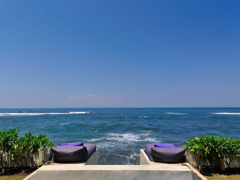 Majapahit Villas - Villa Maya - sunbags océano