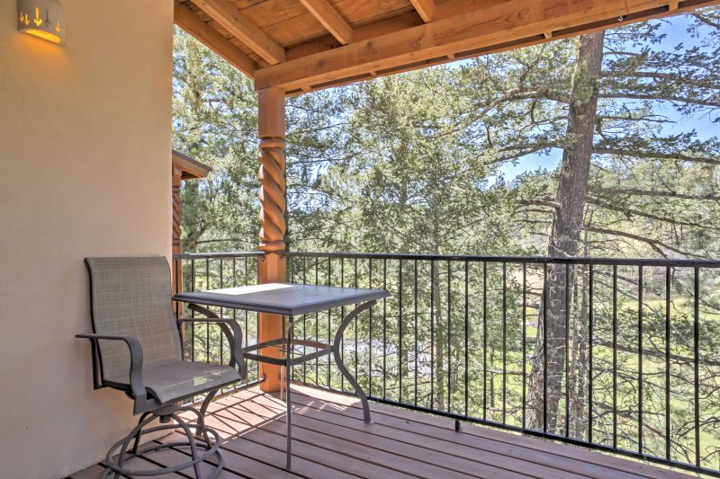 Beautiful views await at this 3-bed, 2.5-bath vacation rental townhome.