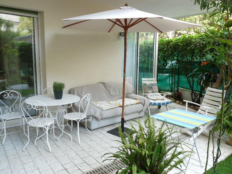 Mobilier confortable terrasse