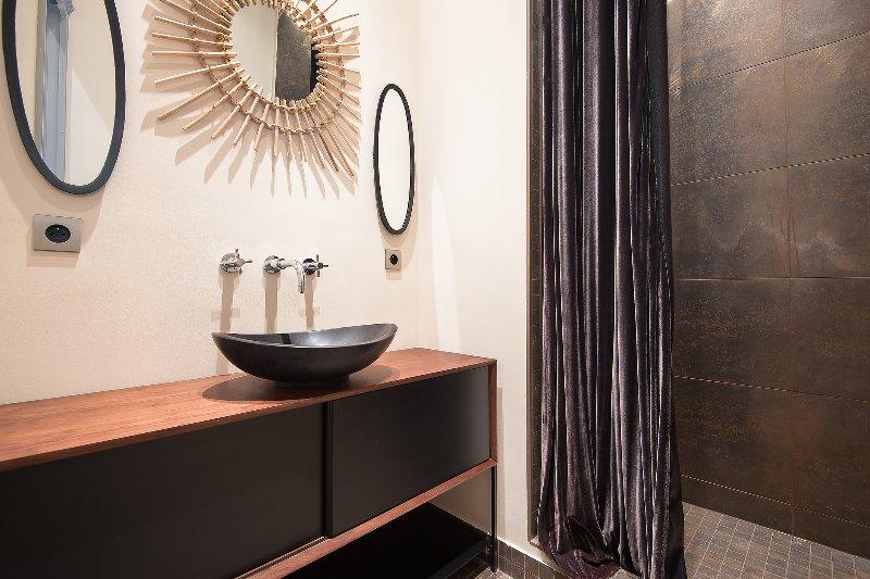 l'une des salles de bains