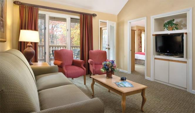 Wyndham Resort at Fairfield Glade Suite Living Area