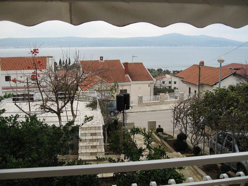 Luce - family apartment with terrase A1(4+1) - Sveti Petar, holiday rental in Sveti Petar