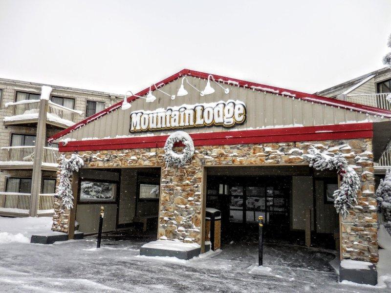 Mountain Lodge est situé dans l'un des endroits les plus agréables Snowshoe a à offrir!