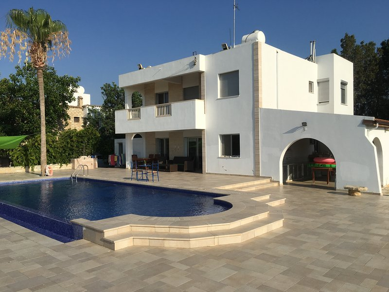 Chrysta Villa, casa vacanza a Anafotida