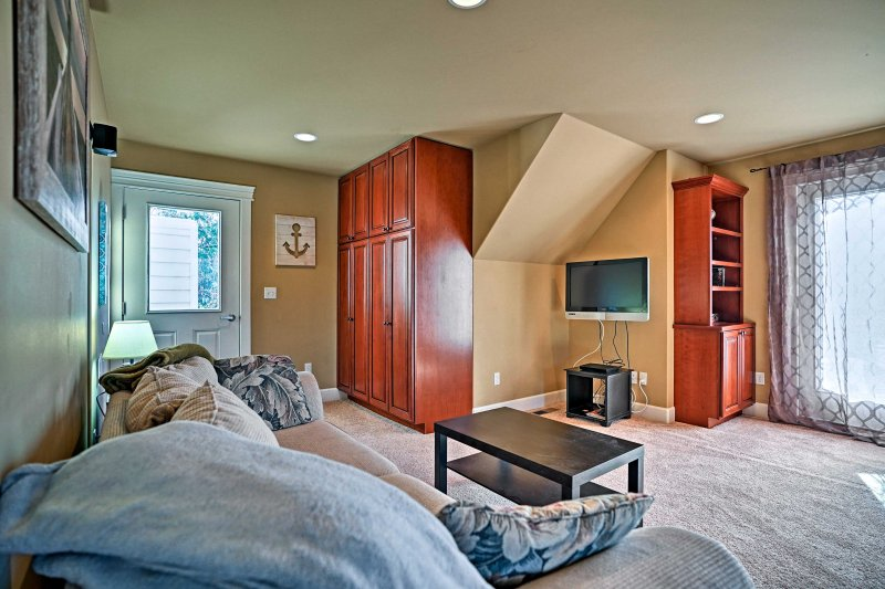 Curl up on the couch in the living area and watch a movie on the flat-screen TV with DVD player.