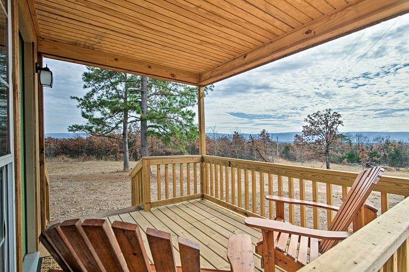 Fuggite in Oklahoma in questo monolocale per le vacanze con 1 bagno a Talihina!