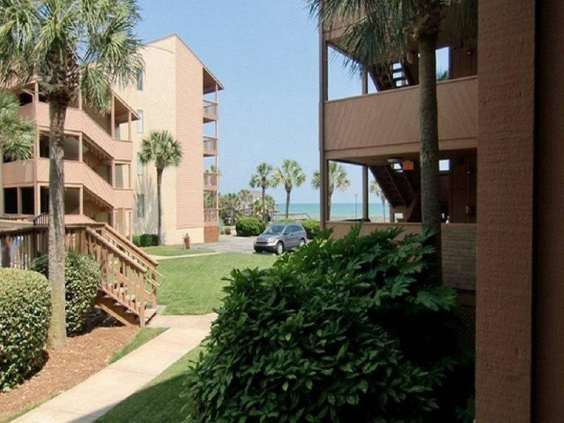 Anchorage 104 (2 Bdrm/2 Bath) 1st Floor, holiday rental in Myrtle Beach