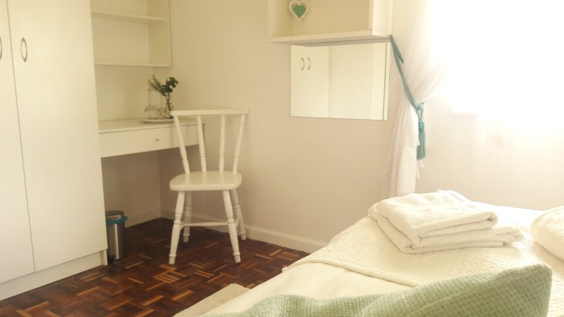 Rm3 Homestay on Blouberg Nature Reserve, vacation rental in Table View