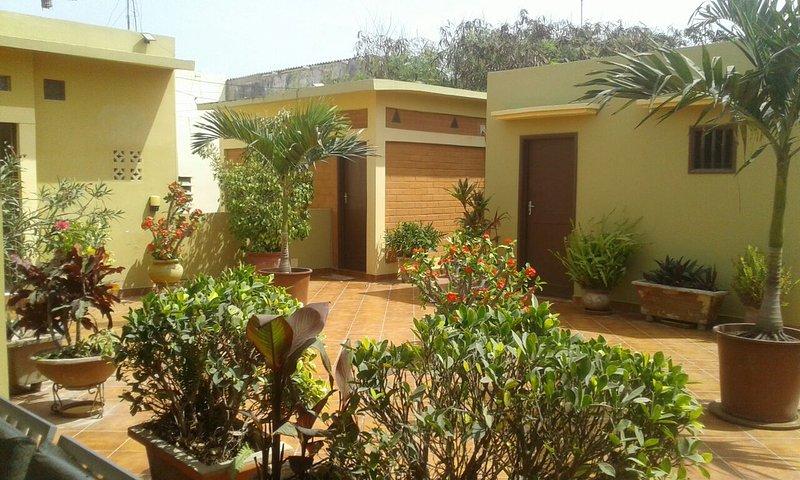résidence des fleurs, alquiler vacacional en Guediawaye
