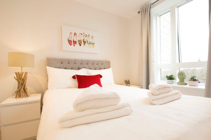 Deluxe Two-Bedroom Apartment, alquiler vacacional en Ealing