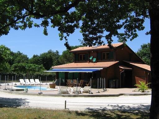 Aluguer Estival piscina privada, sem vis-à-vis