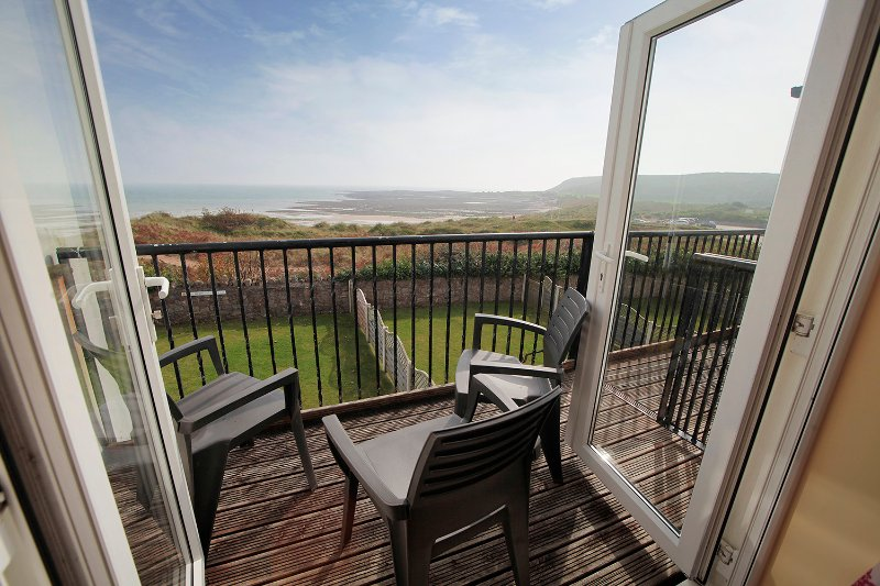 Malt Cottage with Unspoilt Sea Views - Croft Acre Holiday Cottages Gower, vacation rental in Swansea County