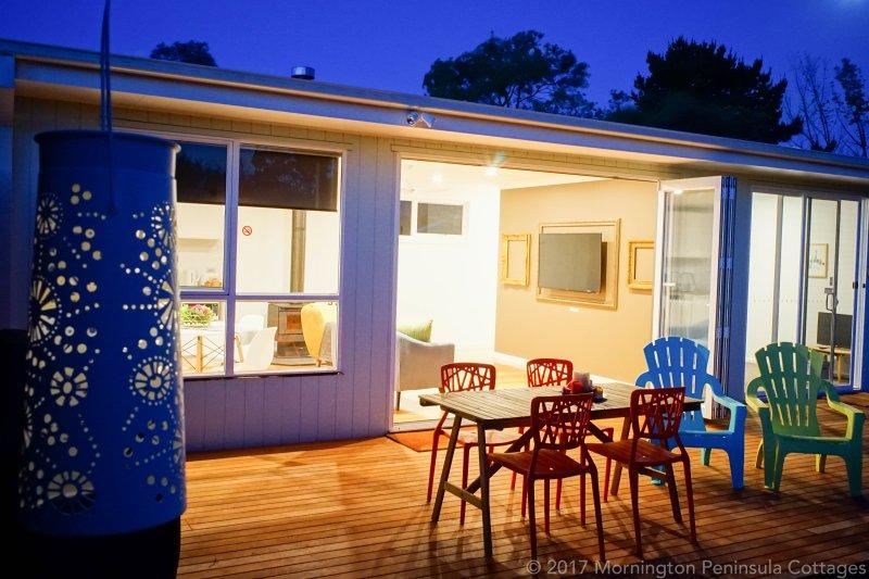 terrazas al aire libre completamente amueblada con barbacoa, 150m2 patio privado a través de doble pliegue