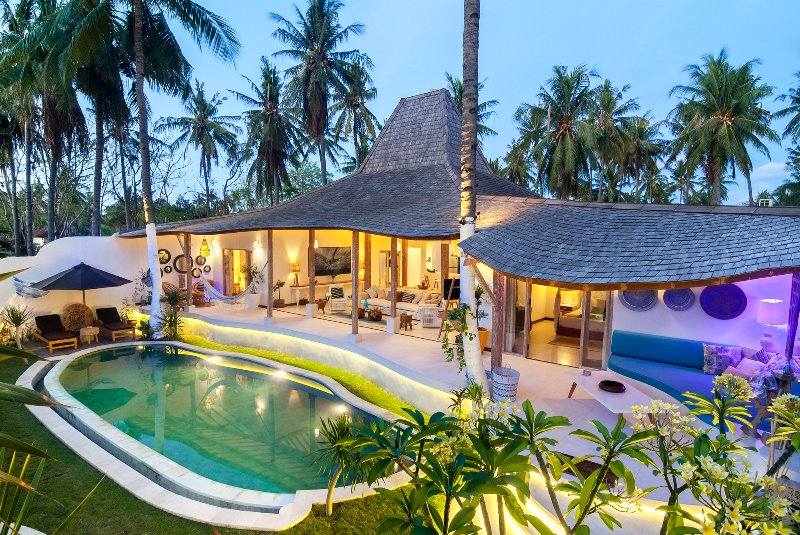 De' Coco Villa & Suites with private pool, holiday rental in Gili Air