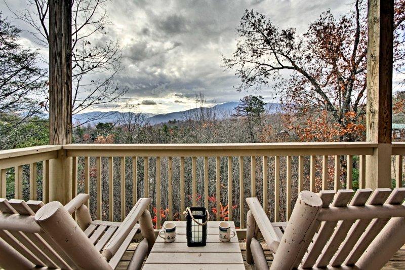 Les Smoky Mountains attendent dans cette location de vacances Loft à Gatlinburg!