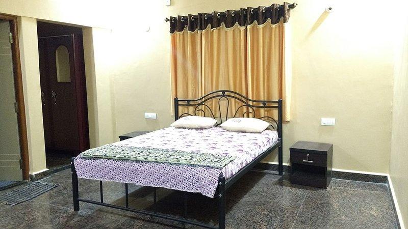 3bedroom Goan house near Mandrem, vacation rental in Sawantwadi