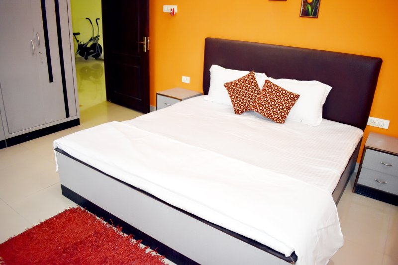 Luxurious stay in the heart of the city with easy access to banks, shopping, holiday rental in Khurda District