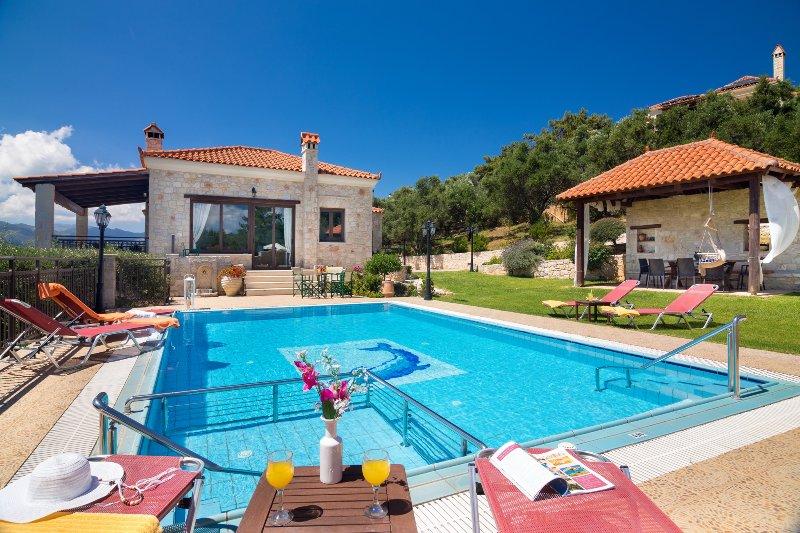 Iris Luxury Seaview Villa, Polemarchi, Chania, aluguéis de temporada em Polemarchi