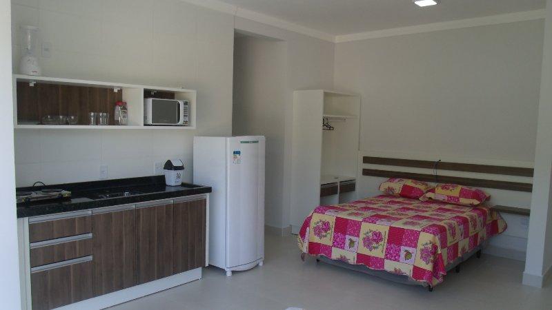 Venha passar ferias na praia de Bombinhas., holiday rental in Bombinhas