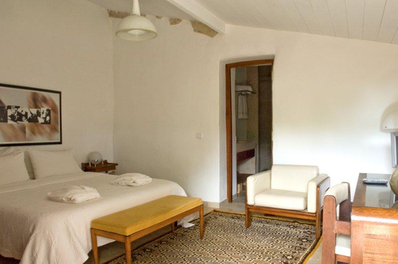 Villa Pedra | Rosemary House, vacation rental in Pombal