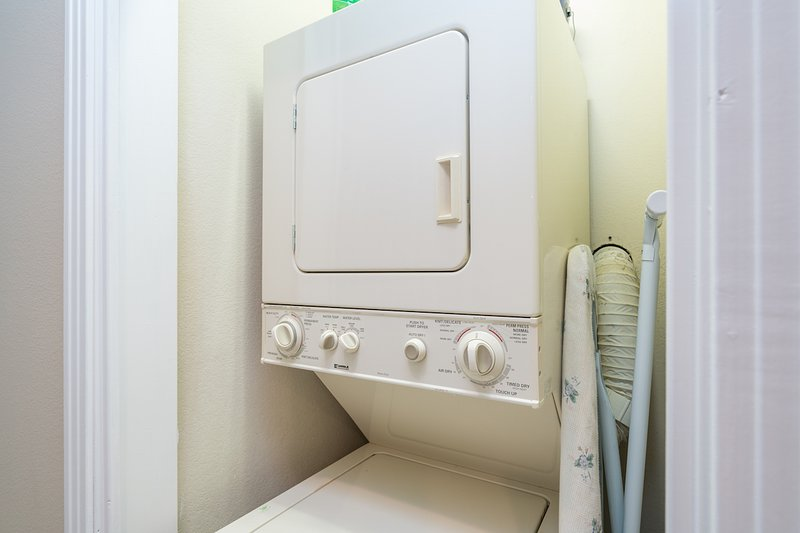 The condo has a washer and dryer.