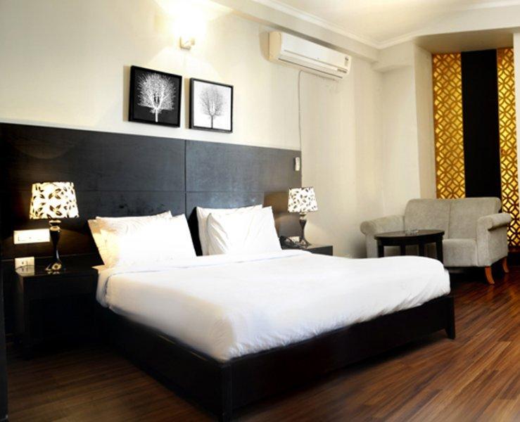 HOTEL HANS RESORT (Executive 2), casa vacanza a Rewari District