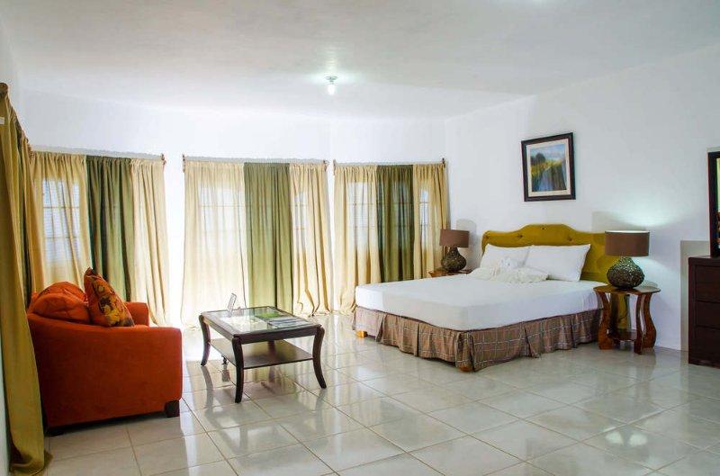 Villa Juanita - Single Room 4, holiday rental in Buff Bay