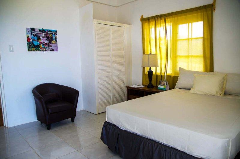 Villa Juanita - Single Room 6, holiday rental in Buff Bay